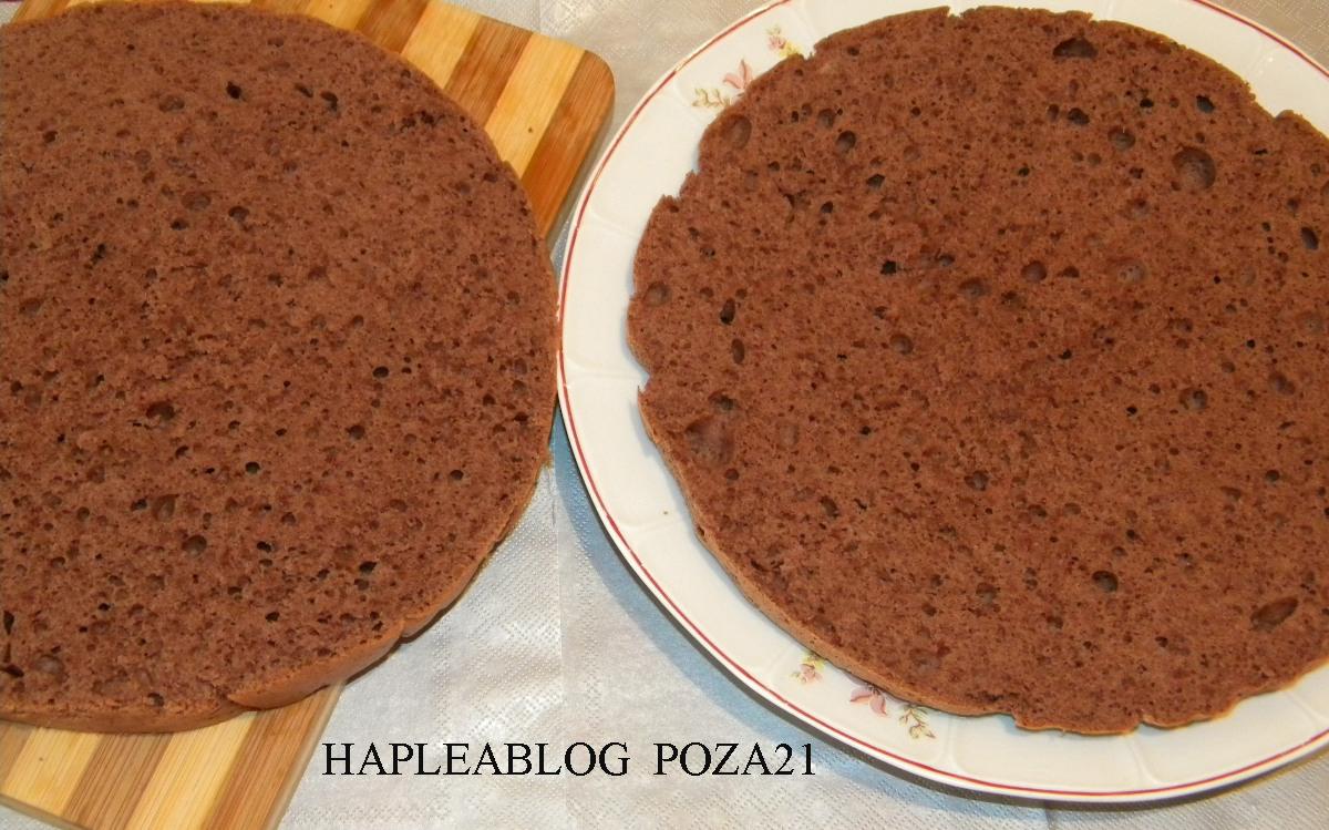 tort cu crema mascarpone si frisca 21
