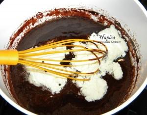ciocolata de casa cu biscuiti oreo poza 4