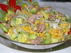 salata de avocado si ton poza 5
