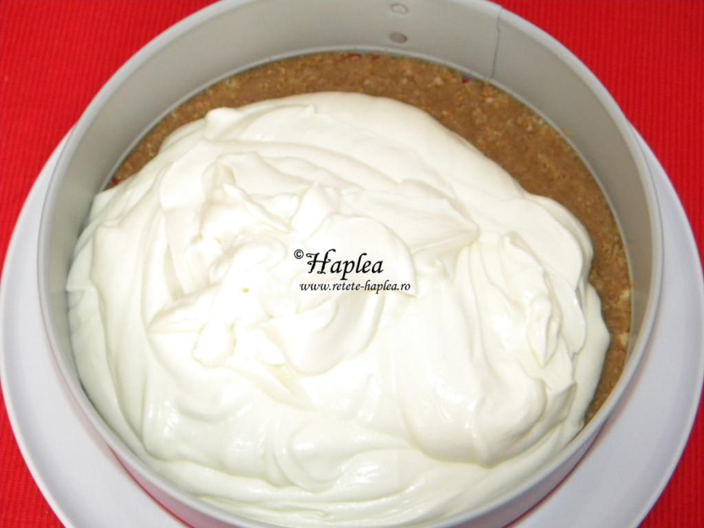 cheesecake cu jeleu de capsuni poza 7