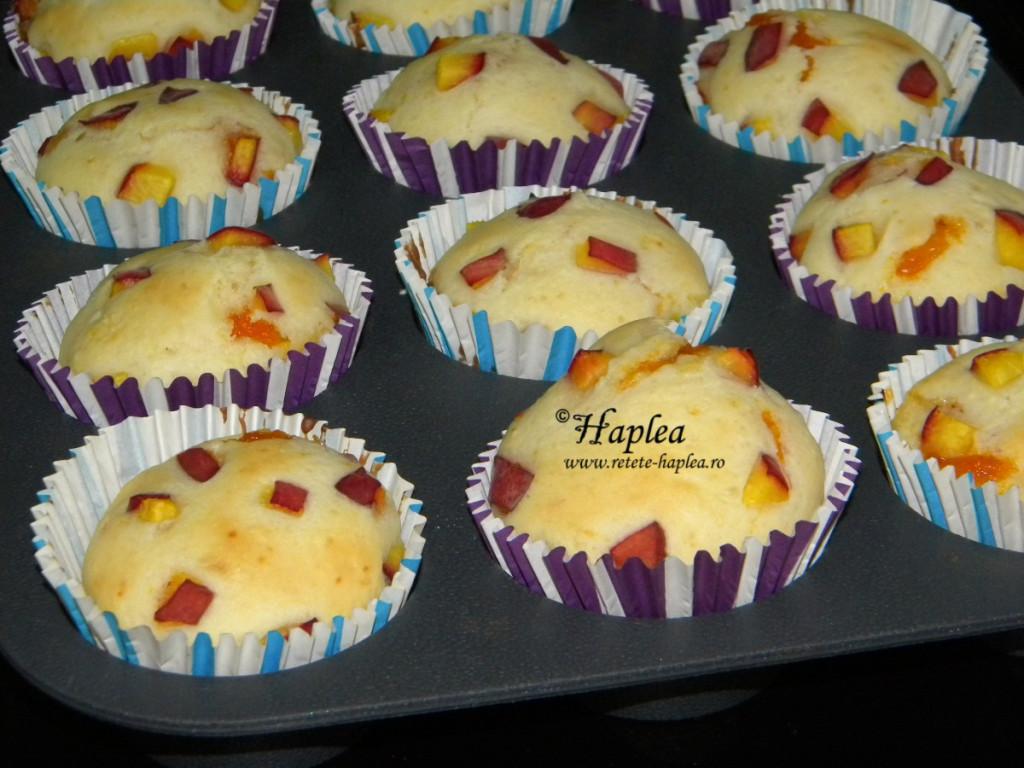 muffins cu piersici si gem de caise poza 7