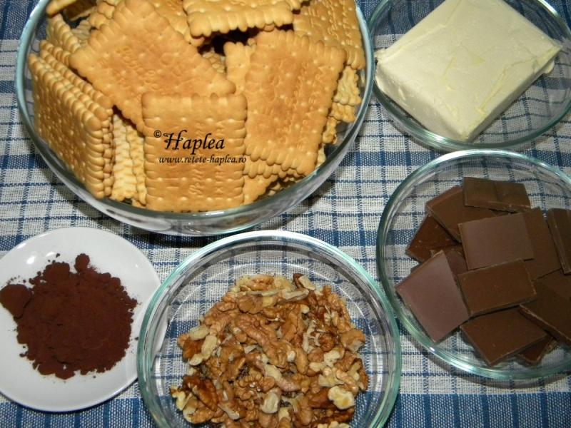 cartoi din biscuiti si ciocolata poza 1
