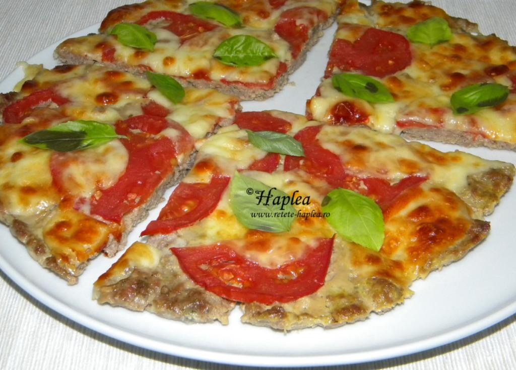pizza cu blat de carne poza 5