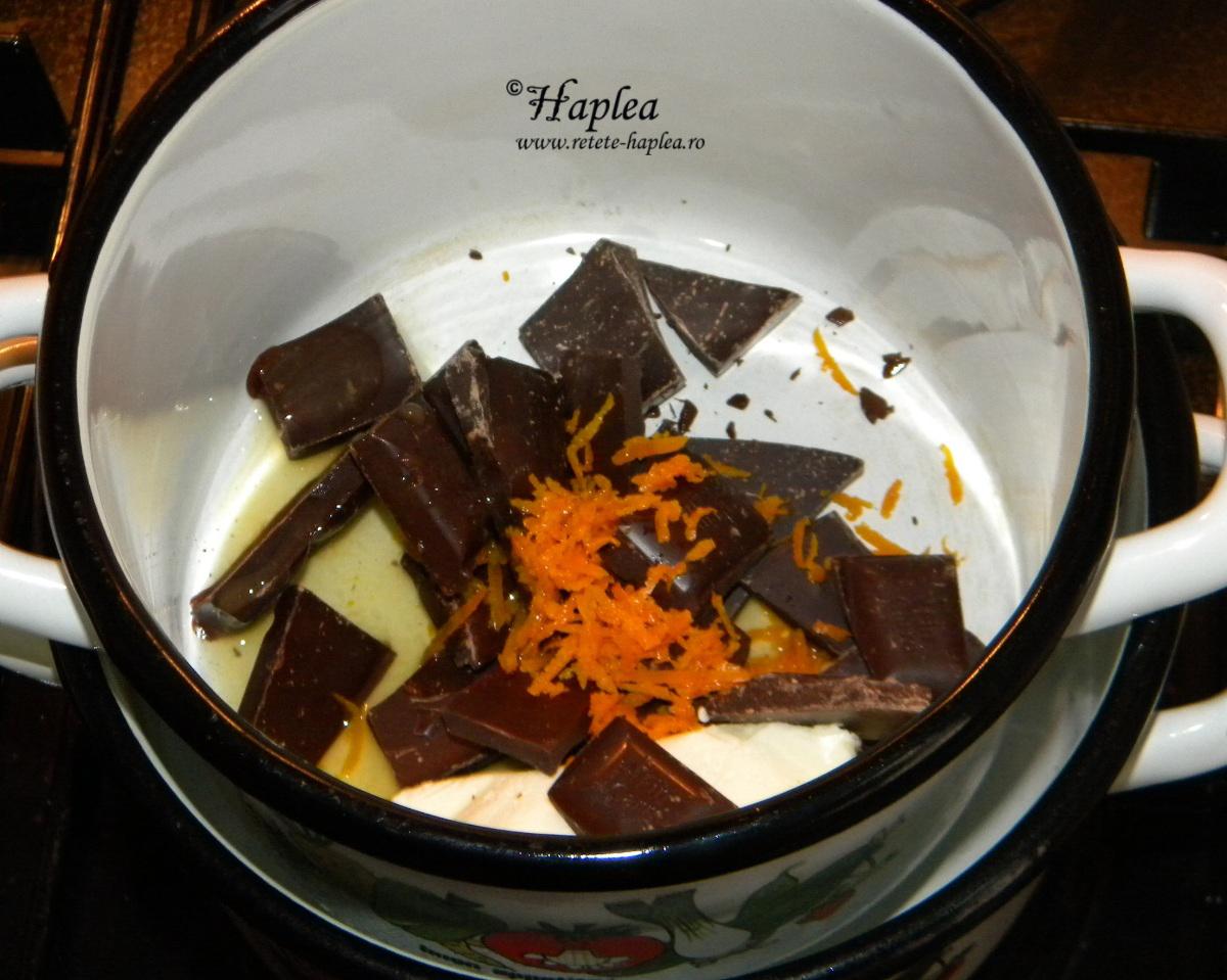 figurine de ciocolata cu portocala poza 2