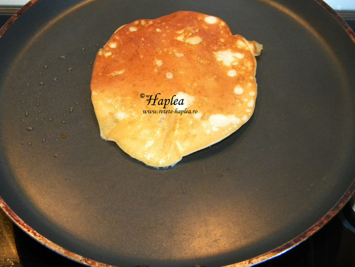 pancakes pufoase cu mere poza 5