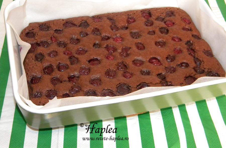 brownies cu visine poza 7