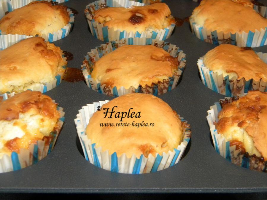 muffins cu ciocolata alba poza 7