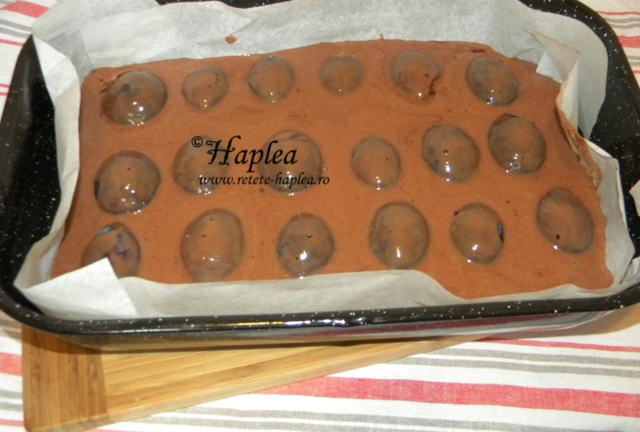 prajitura turnata cu prune si cacao poza 8
