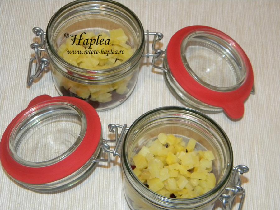 salata-in-straturi-cu-sprot-afumat-poza-4