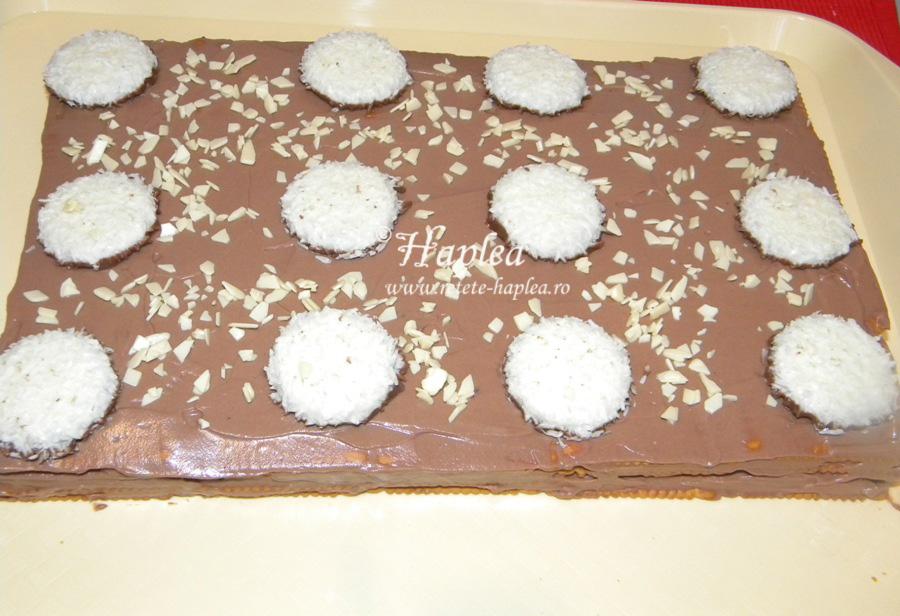 tort-de-biscuiti-cu-crema-mascarpone-poza-10