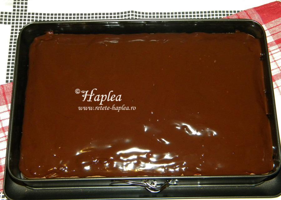 prajitura cu caramel si crema de ciocolata poza 13