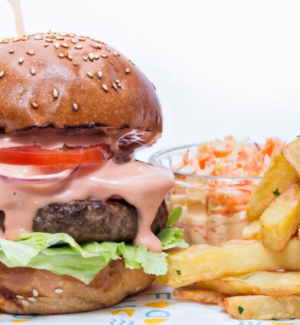 classic-burger-3-600x650