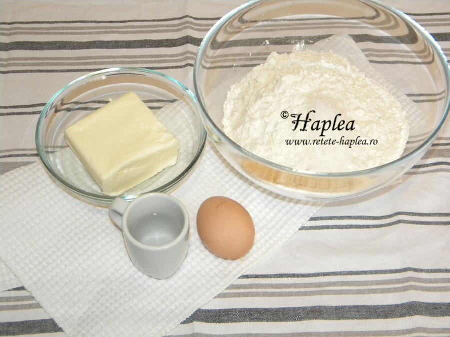 tarta cu crema de lamaie si bezea poza 1
