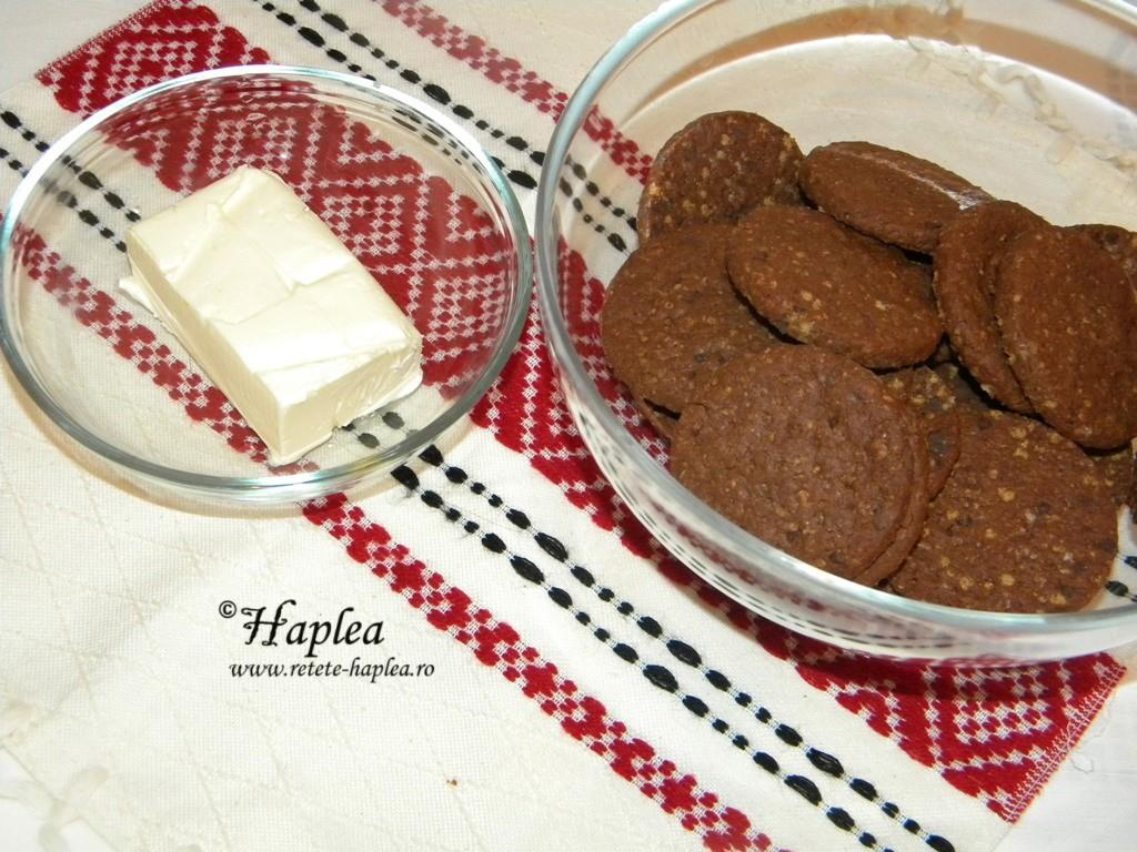 cheesecake cremos cu caramel si ciocolata poza 1