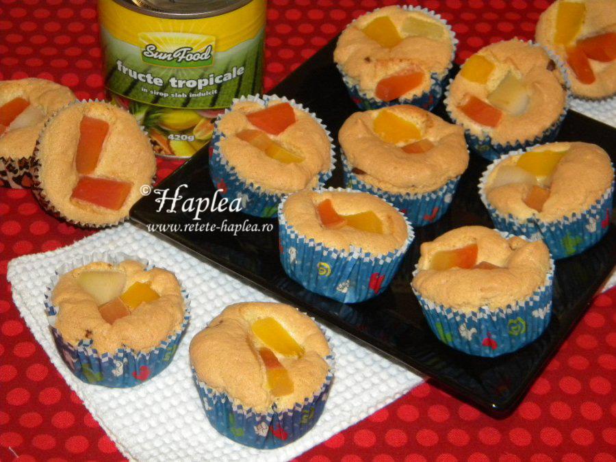 muffins cu nutella si fructe tropicale poza 7