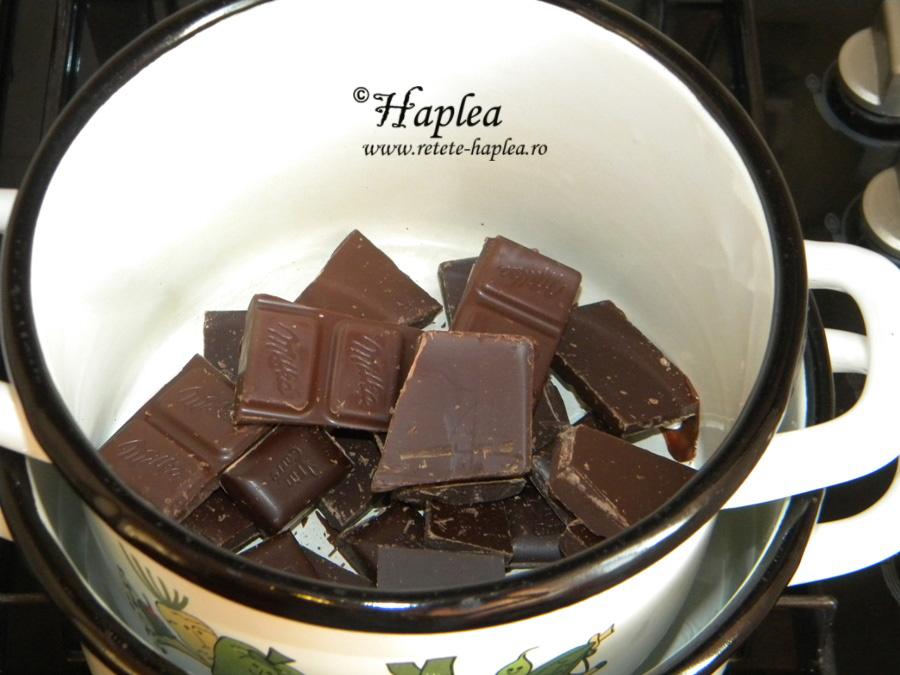 eclere cu crema de vanilie si glazura de cioolata 6