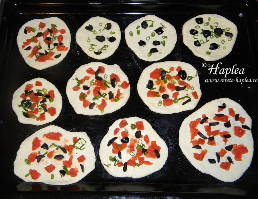 mini pizza hering poza 2
