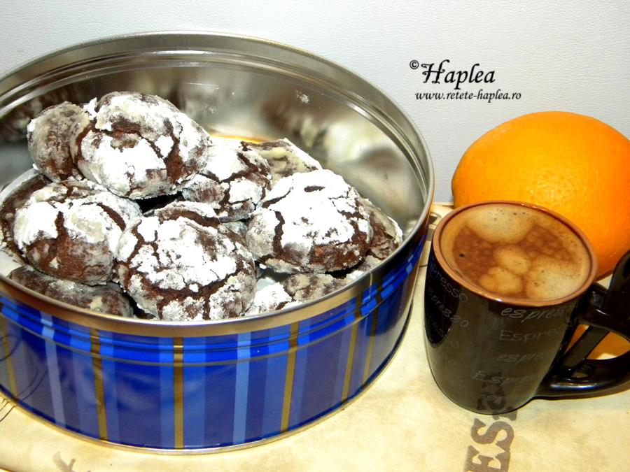 biscuiti crapati cu ciocolata
