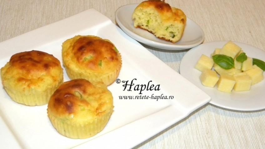 muffins cu branza cheddar